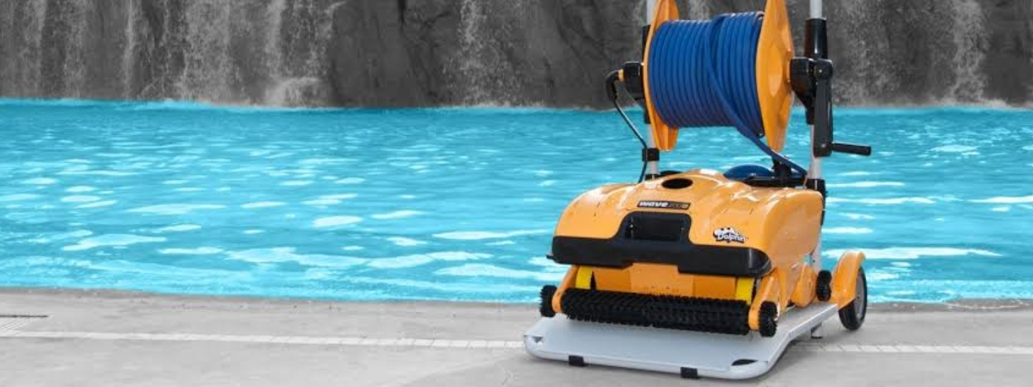dolphin-robotic-pool-cleaner-wave-300